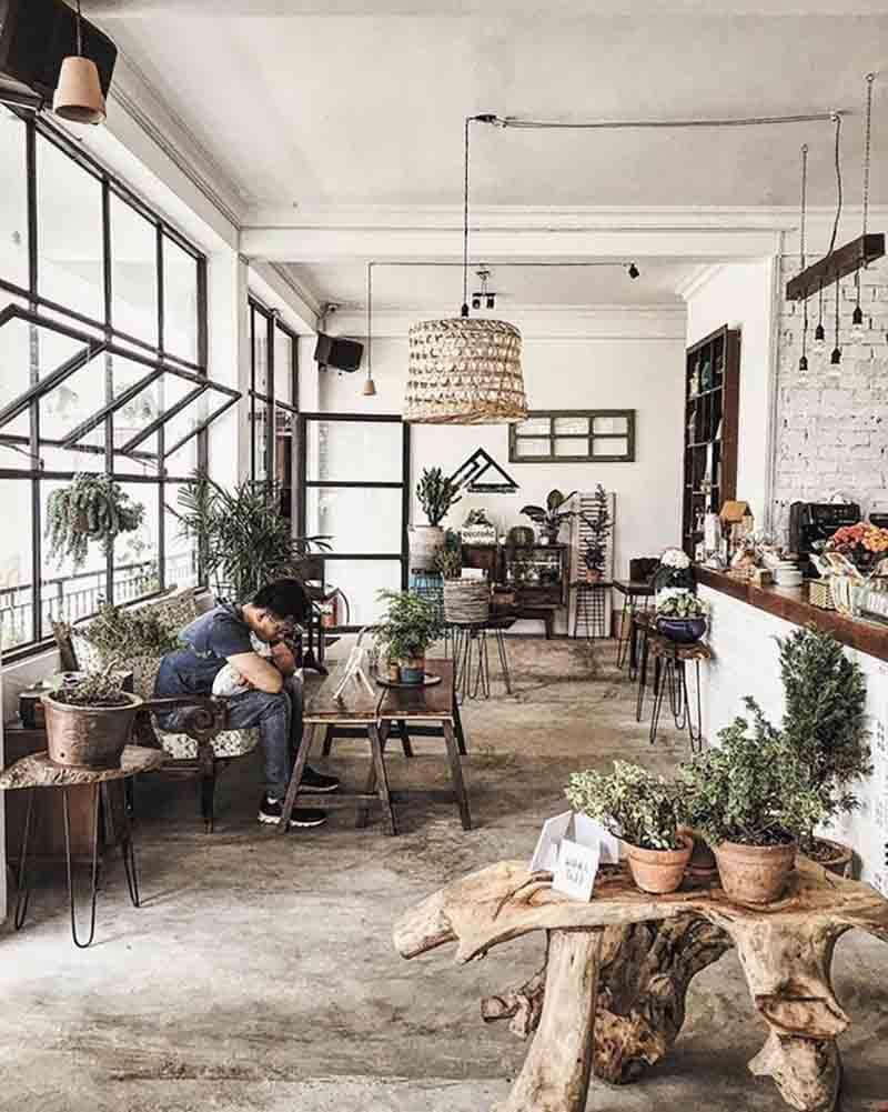 Chi Phí Thiết Kế Quán Cafe Retro