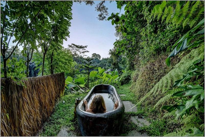 Phòng Tắm Giữa Thiên Nhiên