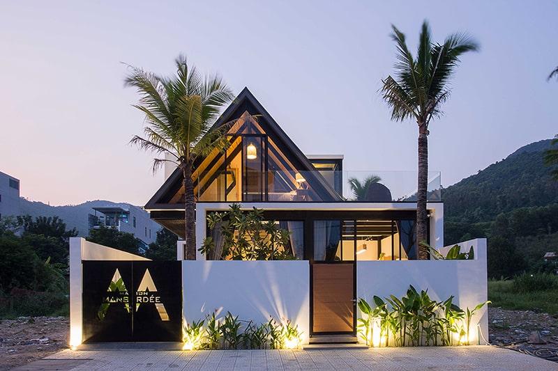 Villa Dưới Chân Sơn Trà, Đà Nẵng