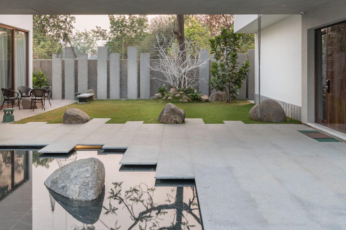 Mẫu Biệt Thự Mini Sân Vườn Có Điểm Nhấn