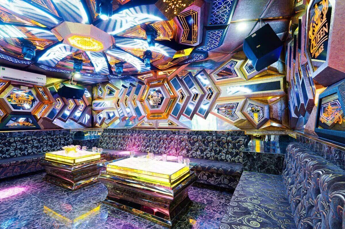 Phòng Karaoke Phong Cách Vũ Trụ Xanh