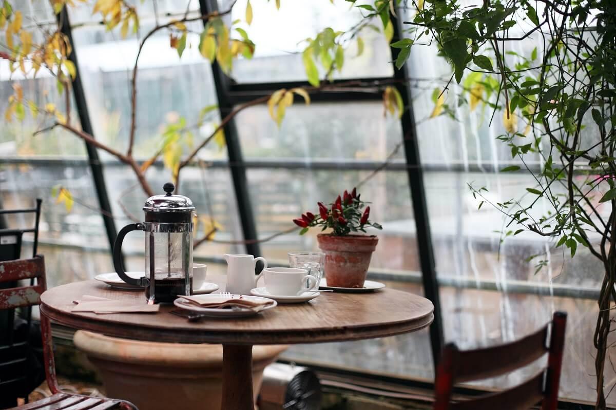 Trang Trí Quán Cafe Theo Phong Cách Garden