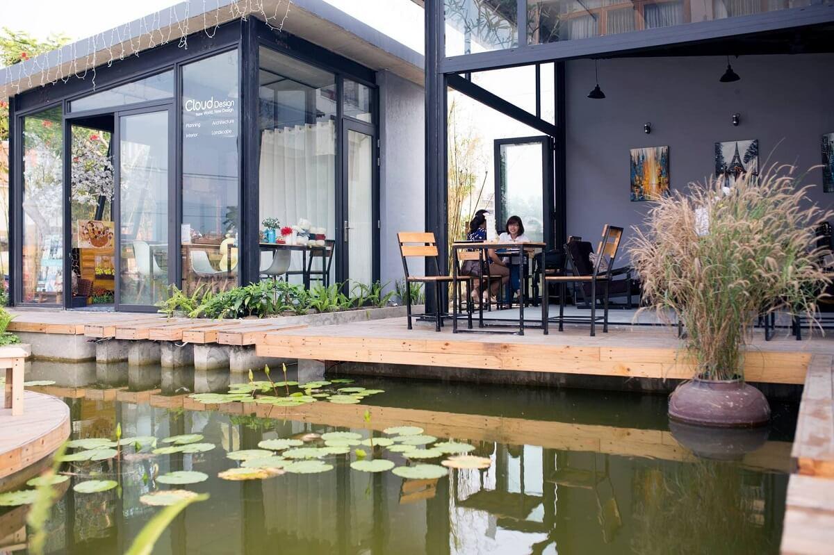 Mô Hình Quán Cafe Sân Vườn Cạnh Hồ Nước