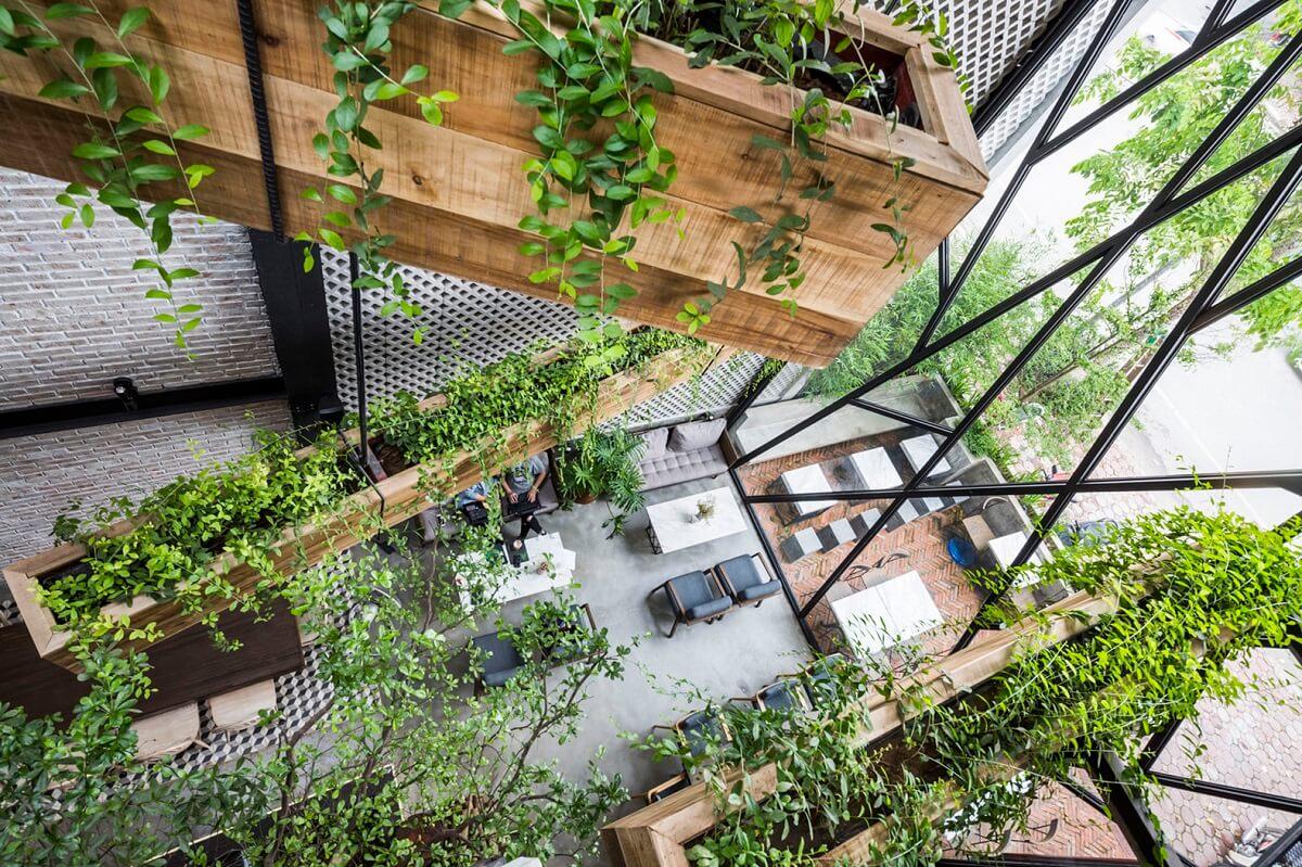 Quán Cafe Sân Vườn Trong Nhà